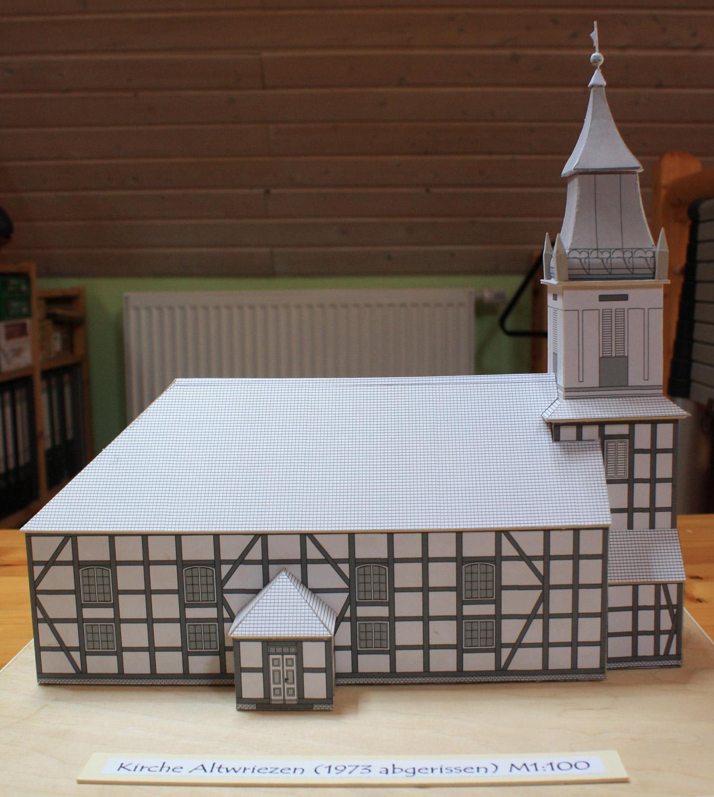 Kirche Altwriezen 03